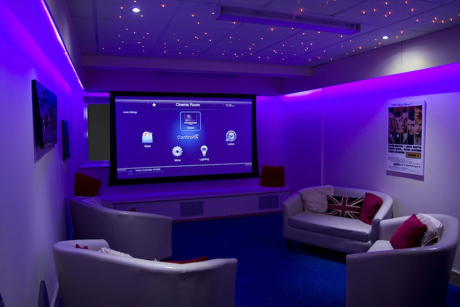 Bluebell Wood Et Home Cinema